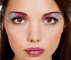 Silver Eye Makeup Looks