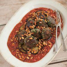Lamb Koftas with tomato and aubergine - Salma Hage - Lebanese Kitchen Lamb Recipes, Gourmet Recipes, Real Food Recipes, Cooking Recipes, Healthy Recipes, Algerian Recipes, Lebanese Recipes, Algerian Food, Lebanese Cuisine