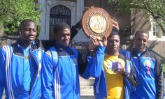 Monroe's relay aces the Penn Relays