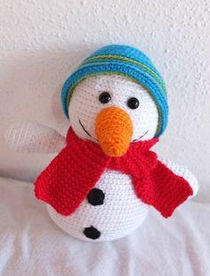 Schneemann gehäkelt, häkeln, crocheted snow man, crochet pattern, Häkelanleitung http://www.ravelry.com/patterns/library/snowman-build-your-own