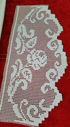 This Pin was discovered by İlk Crochet Patterns Filet, Crochet Lace Edging, Crochet Borders, Crochet Diagram, Crochet Chart, Filet Crochet, Crochet Doilies, Knit Crochet, Crochet Toddler