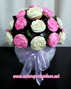 Bouquet of Cupcakes Tutorial. Oh-I would love this at our wedding!  So cool.