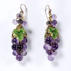 "Mid-nineteenth-century French necklace and earrings in the form of vines. Enamelled gold mounted with amethysts, circa ""Naturalistic jewellery, decorated with clearly recognisable flowers. Purple Jewelry, Amethyst Jewelry, Amethyst Earrings, Long Tassel Earrings, Beaded Earrings, Drop Earrings, Gold Earrings, Victorian Jewelry, Antique Jewelry"