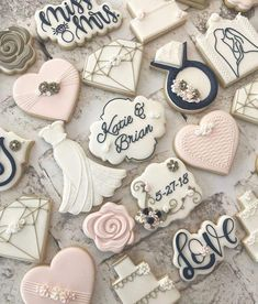 Find some good ideas for bridal shower cookies and wedding cookies to use for your wedding. Some good options for fall weddings, spring weddings and summer weddings! Elegant cookies as well as rustic Wedding Shower Cookies, Bridal Shower Desserts, Bridal Showers, Bridal Shower Cupcakes, Wedding Favour Cookies, Wedding Dress Cookies, Cookie Favors, Wedding Cupcakes, Cookies Et Biscuits