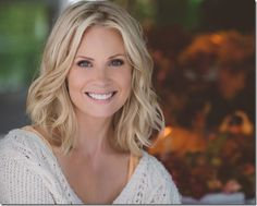 Parenthood alumna Monica Potter is set to co-star opposite Jeremy Piven on Wisdom of the Crowd, CBS' drama pilot. Grey Hair Chalk, Hair Styles 2016, Short Hair Styles, New Haircuts, Shoulder Length Hair, Bad Hair, Great Hair, Hair Dos, Hair Hacks