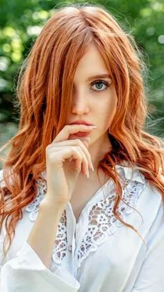 Hair natural ginger redhead girl for 2019 Stunning Redhead, Beautiful Red Hair, Gorgeous Redhead, Beautiful Eyes, Pretty Hair, Beautiful Pictures, Red Hair Images, Red Hair Blue Eyes, Red Heads Women