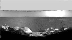 Spirit rover landing site in 360°
