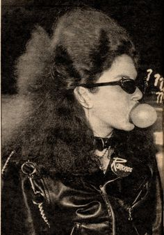zombiesenelghetto:  Punk Girl, Washington DC 1980