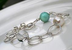 Bond bracelet. Handmade by Pako korut.