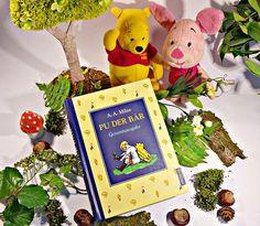 Ich habe Winnie Pooh ausgewählt, weil ich den kleinen knuffigen Bären und seine Freunde so sehr liebe. Am meisten identifiziere ich mich mit Ferkel & Eule, meine Mutter ist Rabbit und mein Hund ist Tigger.    #WinniePooh #Ferkel #WinniePuh #Disney #buch #buecher #bücher