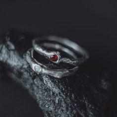 Кольцо сграненным кристаллом — SERGACHEVA