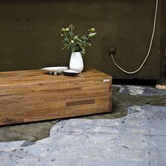 Simpel, strak en duurzaam. Koffietafel Floating Nightstand, Furniture, Design, Home Decor, Floating Headboard, Decoration Home, Room Decor, Home Furnishings