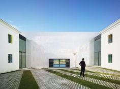 COR ASOCIADOS ARQUITECTOS, Jesus Olivares + Miguel Rodenas, David Frutos · Music Hall and House in Algueña MUCA. Spain