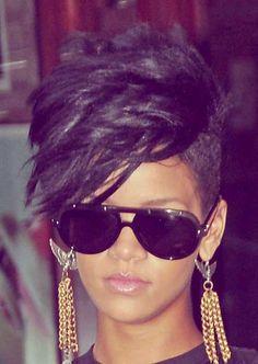 25-Short-Haircuts-for-Black-Women-4.jpg 500×704 pixels