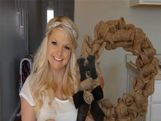 ▶ Burlap Wreath Tutorial - YouTube