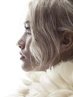 Ashley Olsen Portrait Sold Out Book Fashion Penguin
