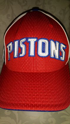 Detroit Pistons Basketball Adidas NBA Red Polyester Flex Fit Hat Cap Men 8ec0e4fbf8da