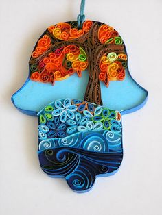 Quilling art - decorative hamsa by Paperila (Sari Wurtman) on Etsy, Jewish Crafts, Jewish Art, Paper Art, Paper Crafts, Diy Crafts, Hamsa Art, Bijou Box, Paper Quilling, Quilling Ideas