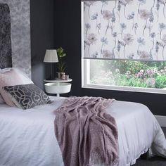 Cute Room Decor, Teen Room Decor, Room Ideas Bedroom, Home Decor Bedroom, Bedroom Inspo, Bedroom Designs, Bedroom Blinds, Master Bedroom, Neon Bedroom