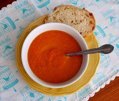 http://lorriesrecipes.blogspot.ca/2015/02/carrot-ginger-soup.html