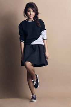 Step stylishly toward your goals. Seize looks and the day like Kathryn Bernardo ( for Child Actresses, Child Actors, Filipina Actress, Daniel Padilla, Kathryn Bernardo, What Should I Wear, Celebrity Couples, Girl Crushes, Fashion Models