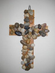 Easter Rock Cross Craft. Can also be made with seashells.