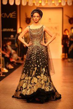Shantanu-Goenka-Lakme-Fashion-Week-Winter-2013
