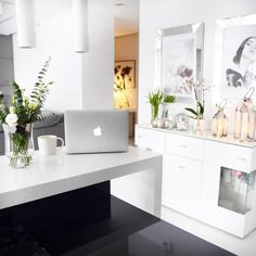 "Polubienia: 1,206, komentarze: 125 – @neecik na Instagramie: ""• M y p l a c e •  To tu czuję się najlepiej ✨ #home #homeinspiration #homesweethome #homedesign…"""