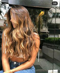 Brown Hair Balayage, Brown Blonde Hair, Brunette Hair, Hair Color Streaks, Hair Highlights, Gorgeous Hair Color, Blonde Hair Looks, Honey Hair, Aesthetic Hair