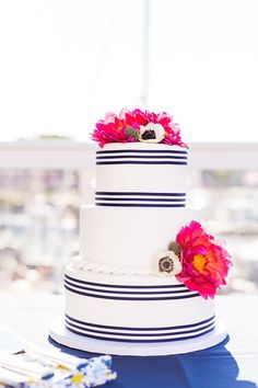 Nautical-inspired cake designed by Bay Country Bakery | Photo by Lauren Werkheiser