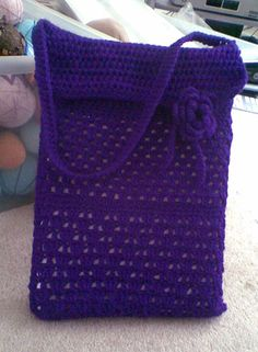 Could not resist the purple wool :) Freehand crocheted laptop bab