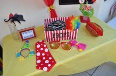 Photo props at a Circus Party #circus #photoprops
