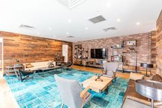 Ah, the age-old question: where do I rent an apartment in New York City? Curbed has you covered with this map of rentals on the market right now. New York City, Flooring, Building, Outdoor Decor, Furniture, Brown, Board, Home Decor, Decoration Home