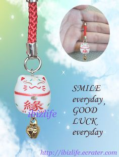 < Bless others -Lucky Bell Charm > -- Lucky bell charms ------------ ♡♡ Lovely tiny light Blessing charm with comfort and smile and let you all forget the daily unhappy things --------------------- ♡♡ ----   Can be used as Zip pull, charm or USB drive. --- ♡❤♡❤♡  #love #ZipPull #Purse #Backpack #accessories #arrow #gift #blessing #charm #ManekiNeko #LuckyCat #Lucky #accessories #cute #Smileface ♡❤♡❤♡