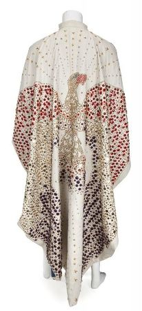 An original Elvis Presley floor length cape with eagle design will be sold by Julien's Auctions for their Music Icons sale, to be held at the Hard Rock Cafe in Times Square on May 18.