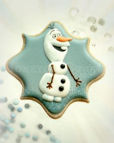 Olaf Cookies~ from Frozen Character Decorated Cookie, by Honeycat Cookies, Blue, white Olaf Cookies, Frozen Cookies, Fancy Cookies, Iced Cookies, Cute Cookies, Cupcake Cookies, Cupcakes, Disney Frozen Party, Frozen Birthday