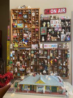Tiny Treasures, Photo Wall, Decorating Ideas, Miniatures, Display, Frame, Fun, Vintage, Home Decor