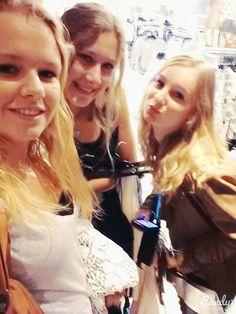met lieve Nina en Sylke :)