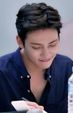 Korean Celebrities, Korean Actors, Dramas, Ji Chang Wook Photoshoot, Man Hair, Hairstyle Men, Drama Korea, Young Designers, Asian Men