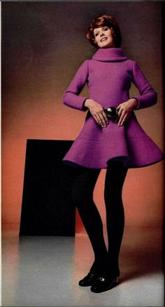 Pierre Cardin Outfit - 1969 L'Officiel De La Mode - 60s And 70s Fashion, Mod Fashion, Unisex Fashion, Vintage Fashion, Christian Dior, Guy Laroche, Jeanne Lanvin, Pierre Cardin, Twiggy