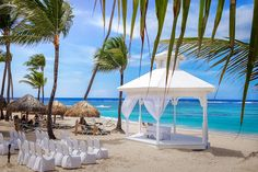 Why you should consider the Majestic Colonial Punta Cana for your destination wedding - Vaughn Barry Photography Majestic Colonial Punta Cana, Bavaro Beach, Punta Cana Wedding, Place To Shoot, All Inclusive Resorts, Destination Wedding Photographer, Places, Outdoor Decor, Photography
