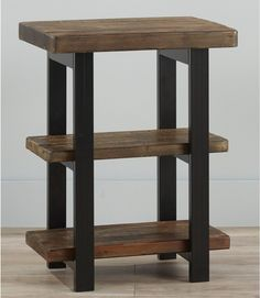Home Goods Furniture, Living Furniture, Diy Furniture, Pine Wood Furniture, Refurbished Furniture, Rustic End Tables, Diy End Tables, Side Tables, Woodworking Projects Diy