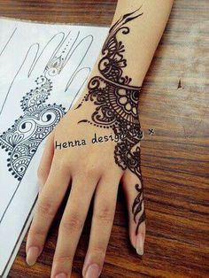 body parts. The designs that you can create are endless, which makes it great for those who have a creative mind! Hos last quite some time, look great, and flatter all skin tones! SO check out these 14 stunning henna tattoo designs! Henna Tattoos, Henna Ink, Henna Body Art, Mehndi Tattoo, Henna Tattoo Designs, Henna Mehndi, Mehendi, Wrist Henna, Hand Wrist