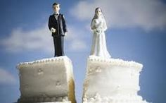 Joven cancela su boda al ver llegar a su novia 50 años mayor