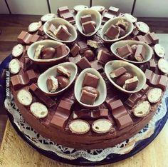 Imagen de cake, chocolate, and food Cupcakes, Cake Cookies, Cupcake Cakes, Yummy Treats, Sweet Treats, Yummy Food, Surprise Cake, Crazy Cakes, Yummy Cakes