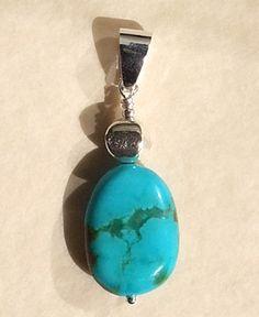 Pendentif Turquoise et Argent. Remarquable couleur !