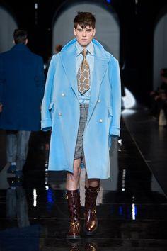 #Coat#Shorts - Versace Men's Fall Winter 2013 #VersaceLive #Versacemenswear #Versace