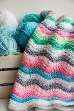 Helen Philipps: Making Things / not a pattern; color inspiration only Love Crochet, Beautiful Crochet, Crochet Yarn, Crochet Hooks, Crochet Stitches Patterns, Afghan Crochet Patterns, Crochet Afghans, Blanket Patterns, Crochet Blankets