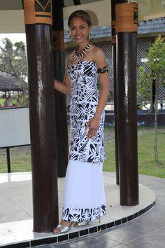White n black Samoan Designs, Polynesian Designs, Polynesian Tribal, Island Wear, Island Outfit, Glam Dresses, Pretty Dresses, Fashion Dresses, Samoan Dress