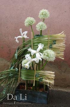 flowers arragement, onion